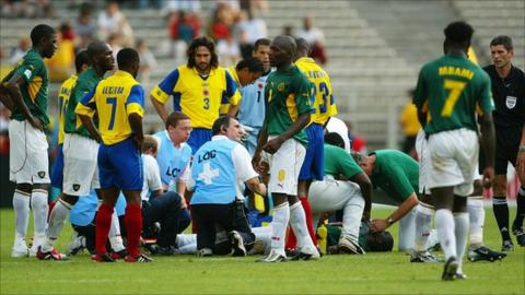 Marc Vivien Foe receiving on field treatment for sudden cardiac death